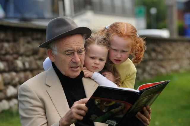 Batt Byrnes,Story teller