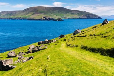 The Dingle Peninsula 8 Day Hike/Self Guide