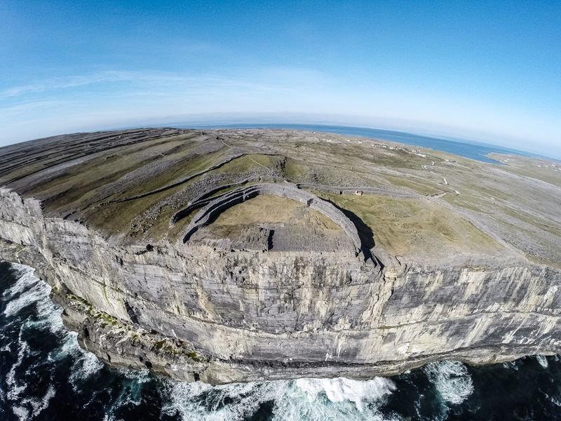 """UNFORGETTABLE IRELAND"" - Our Escorted 8 Day Tours Around Ireland - From $1,999.00 0934"