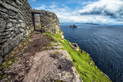 IRELAND'S WILD ATLANTIC WAY - Amazing - 11 Day Escorted Tour - May 5th - 15th 2020 - From $3,999.00