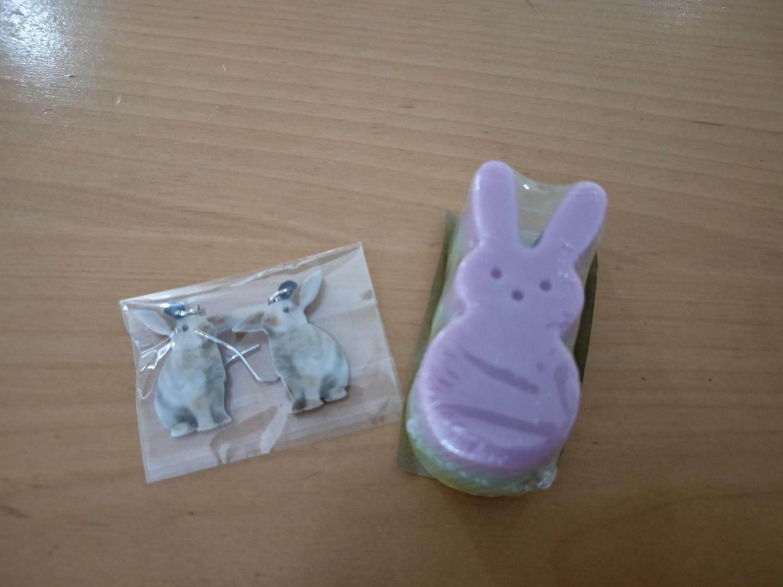 Cookie Moo Bunny Soap & Earring Set # 7