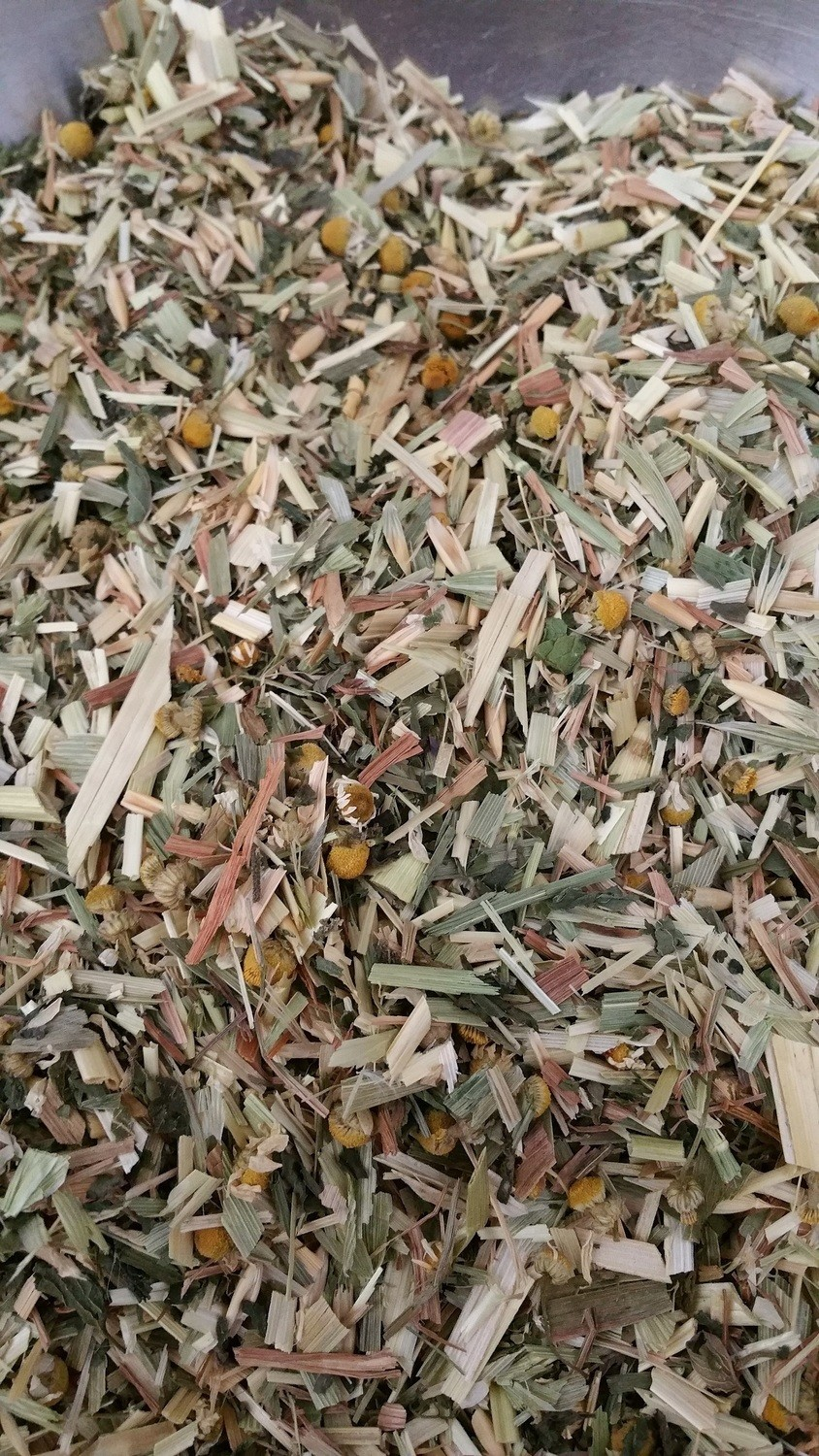 Chaff Mix with Peppermint, nettle & Camomile