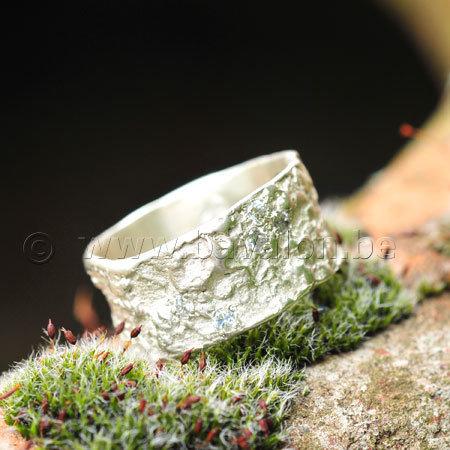 Ring in massief zilver met 6 briljantjes zirkonium - Ralf De Burchgrave (België) - Maat57
