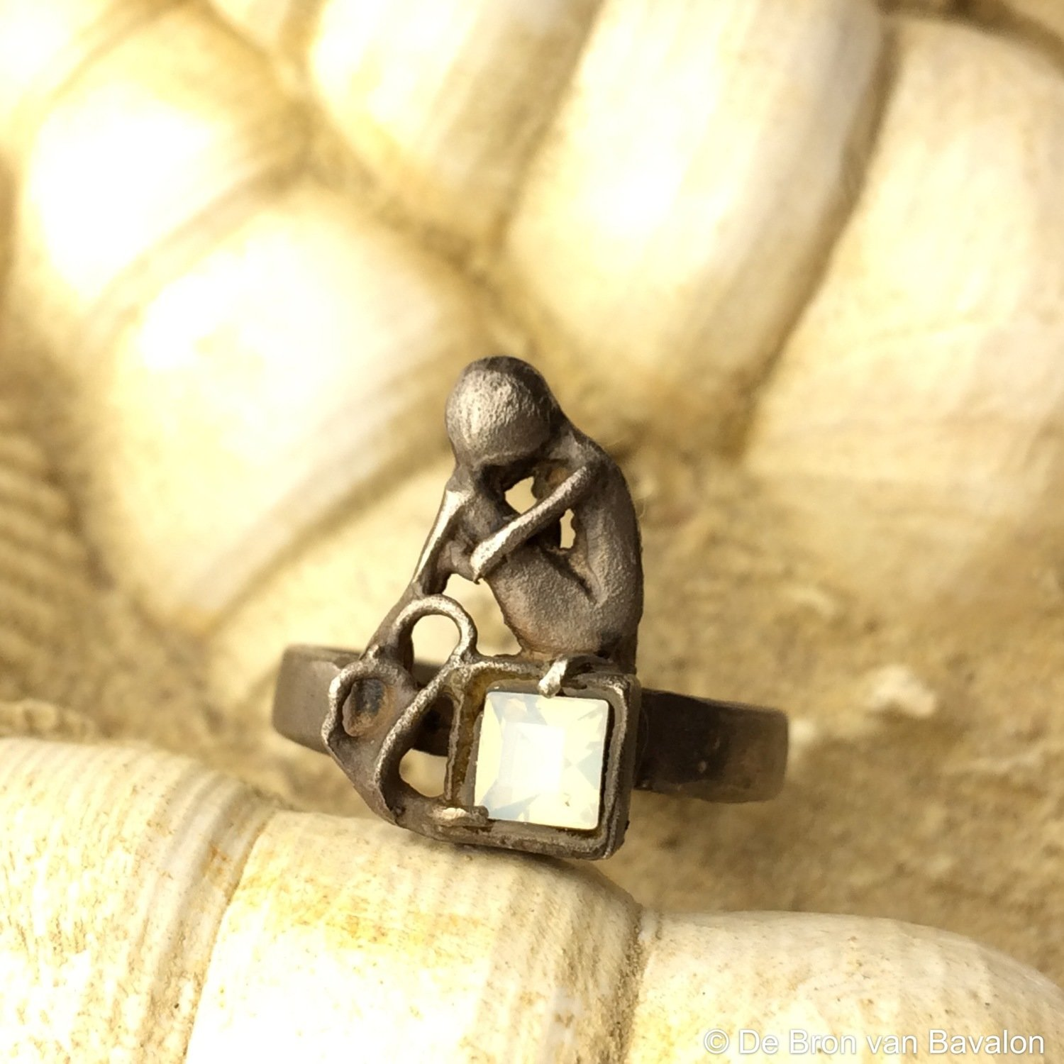 Ring 'Embrace our Soul' zilver - Maat51 - Kaat Tilley