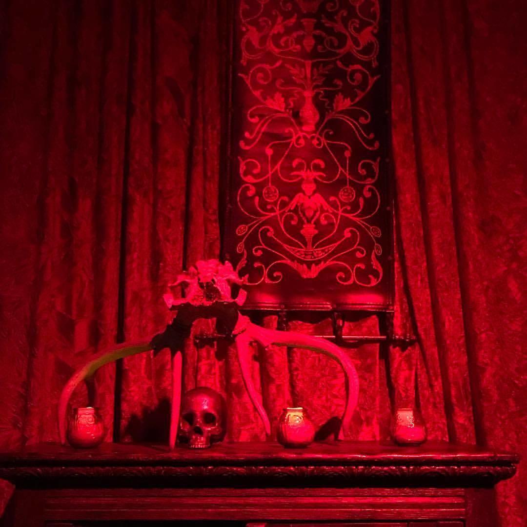 Terrific Fangtasia Nightclub Vintage True Blood Vampire T Shirt Theyellowbook Wood Chair Design Ideas Theyellowbookinfo