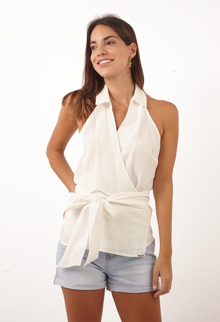 Blusa color hueso envolvente tipo camisa