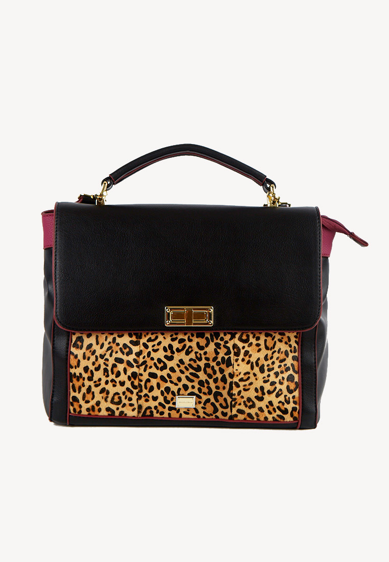 Cartera negra con detalle frontal animal print leopardo