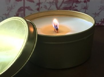 8 Oz. Hemp Oil Infused Soy Candle in Gold Tin