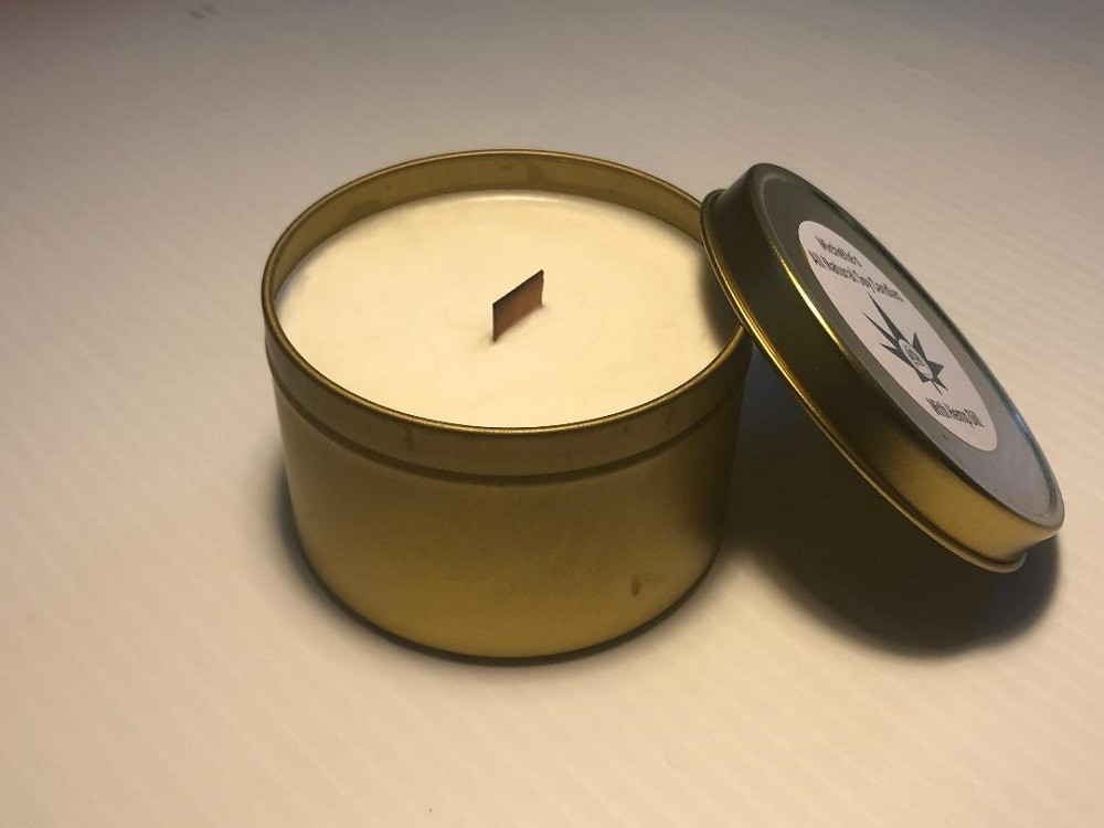 6 Oz. Hemp Oil Infused Soy Candle in Gold Tin