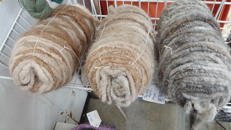 Yarn - Rug yarn, suri wrapped rayon core