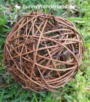 Natural Willow Ball (10cm)
