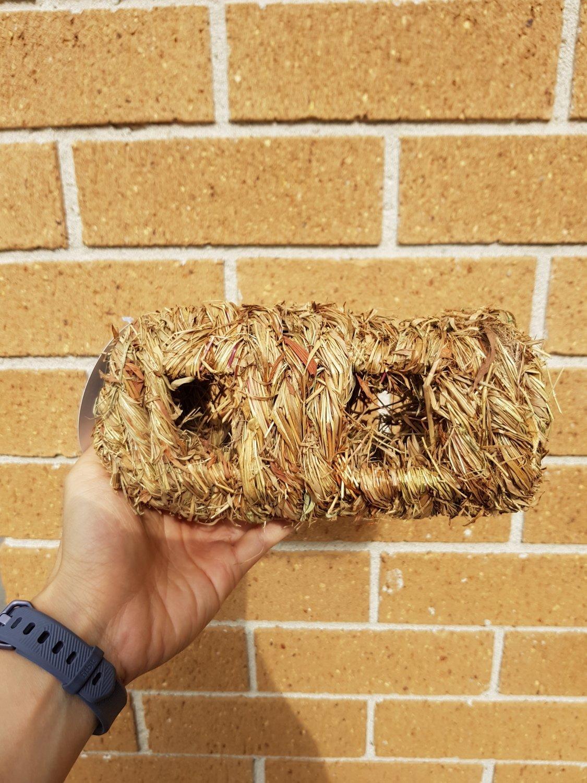 Natural Grass Woven Log