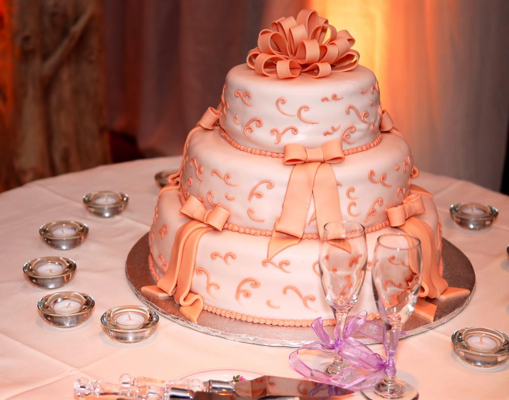 Peach Paradise - Wedding Cake