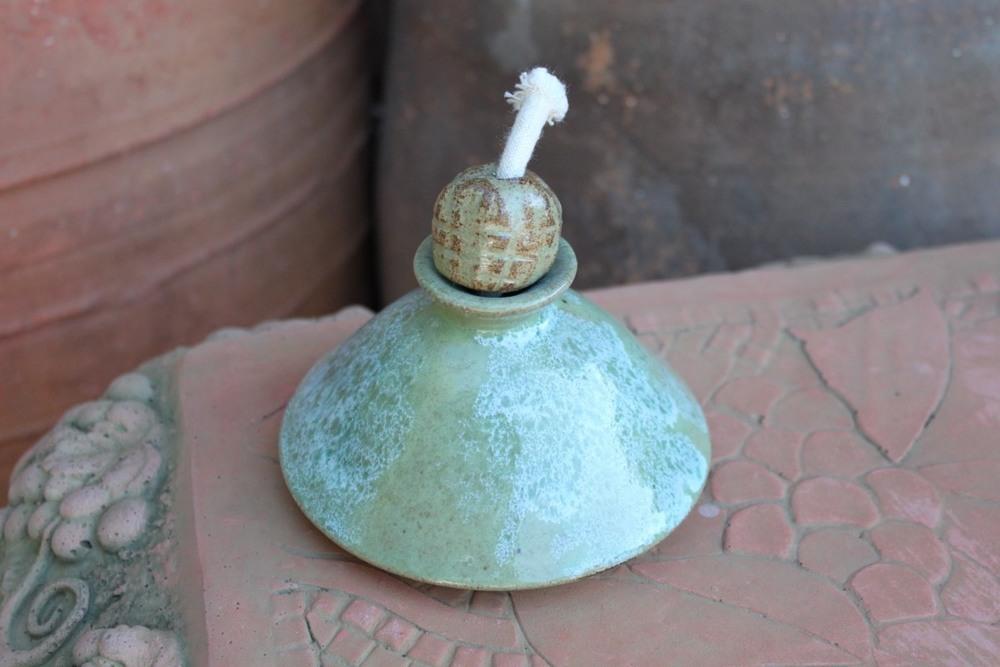 Oil Lamp Squat/Evelyn