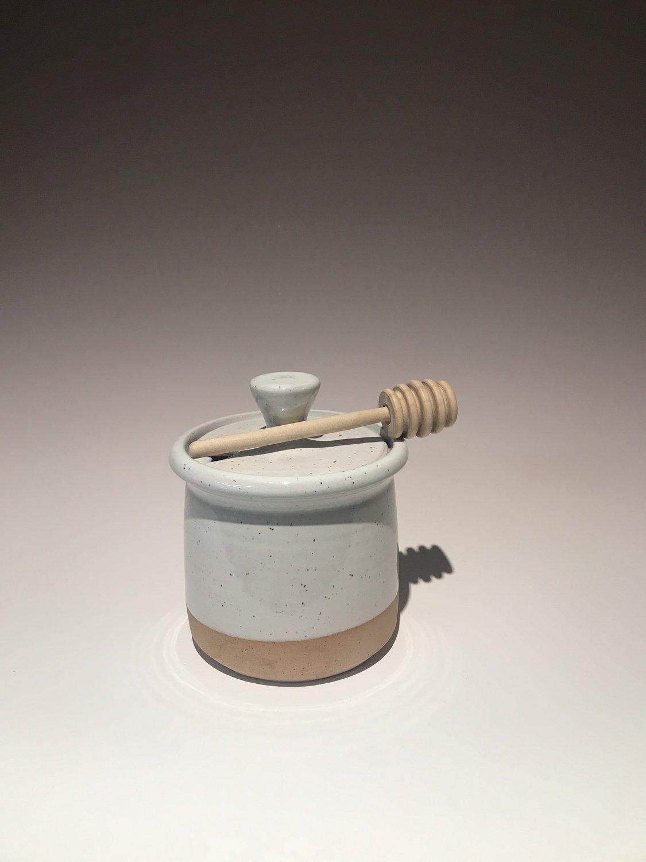 Farmhouse Honey Pot