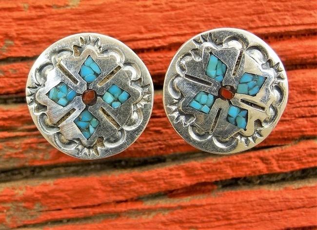 Diamond Chip Inlay Earrings SB160022