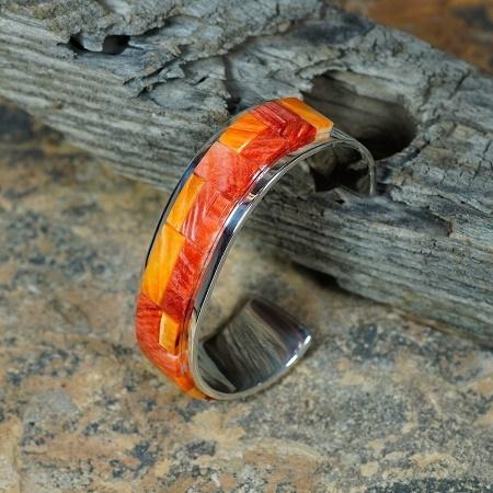 Sterling Silver Bracelet with Spiny Oyster Shell by Tommy Jackson JE160089