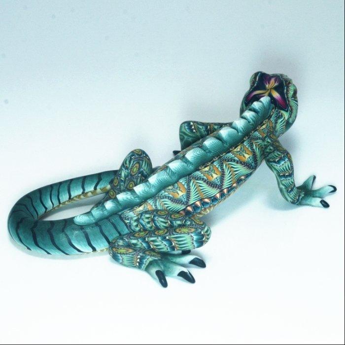 FIMOCREATIONS Mama Iguana