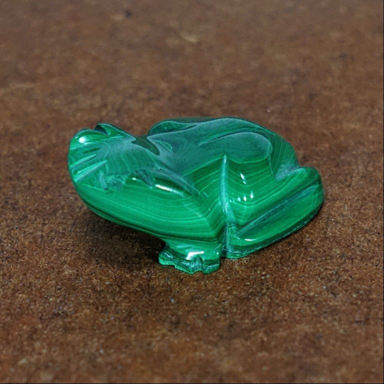 Zuni Malachite Frog Fetish GA170075
