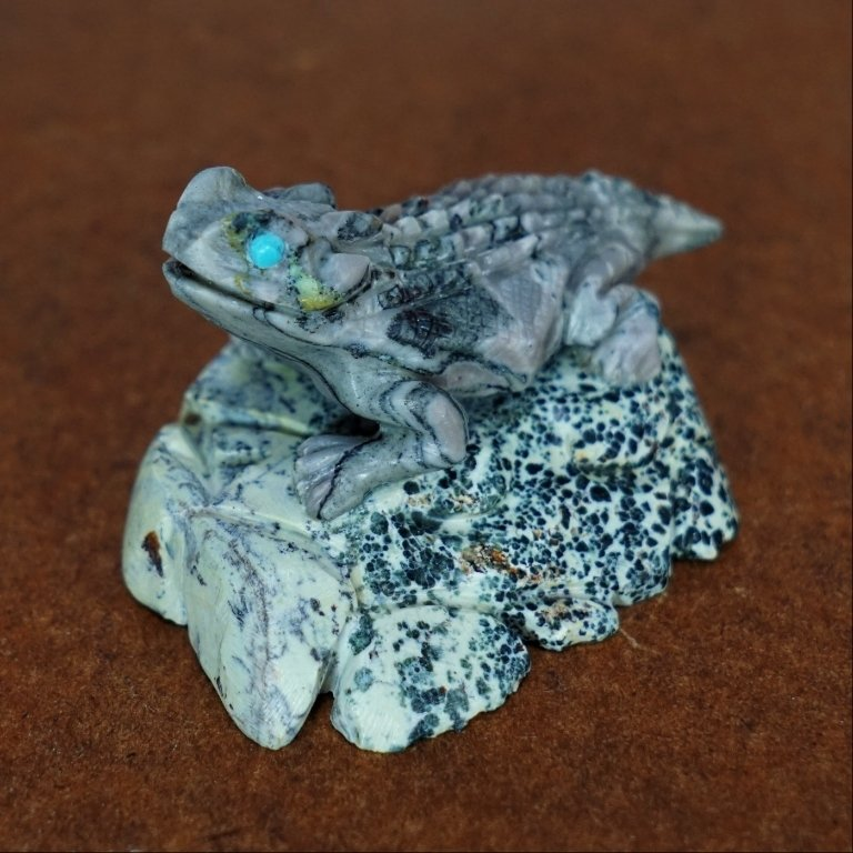 Zuni Serpentine Horned Toad Fetish by Michael Coble GA170080