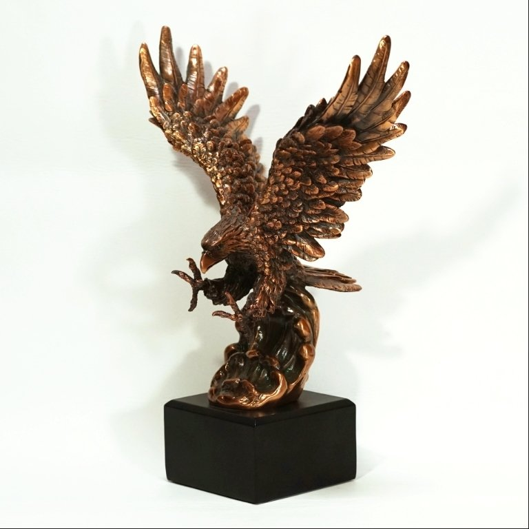 Copper Plated Resin Flying Eagle Figurine SO170061