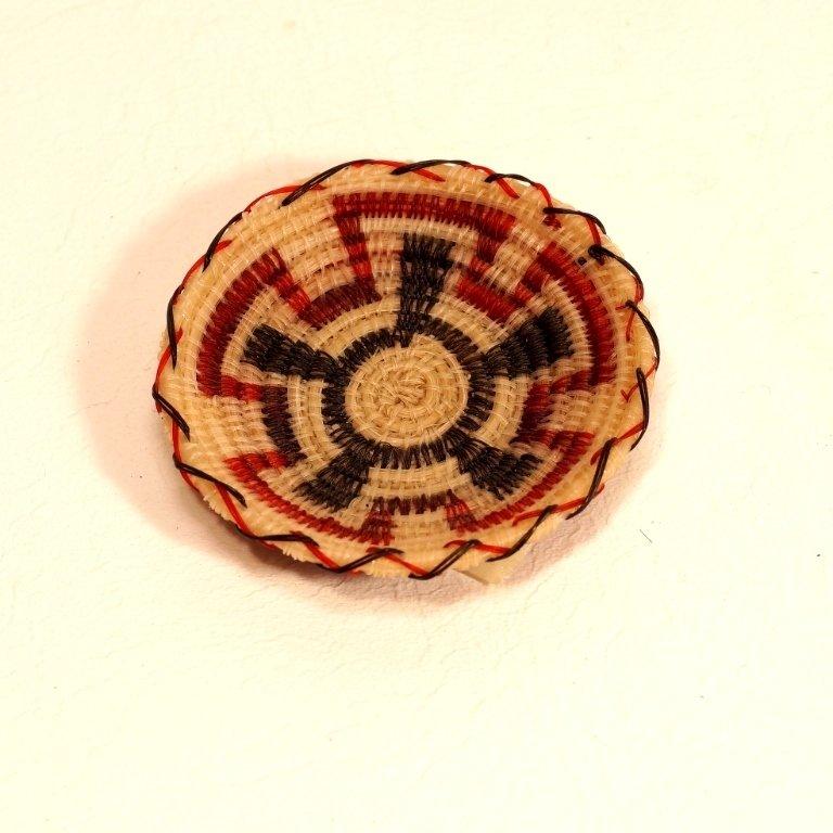 Tohono O'odham Horsehair Red & Black Basket GA170111