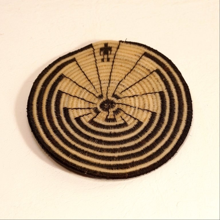 Tohono O'odham Man in The Maze Flat Horsehair Basket GA170122
