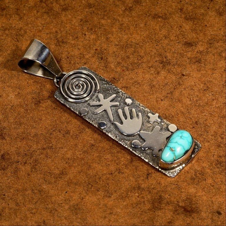 Silver Pendant w/Kingman Turquoise Cabochon JE170118