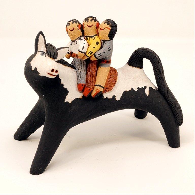 Pottery Storyteller Horse GA170176