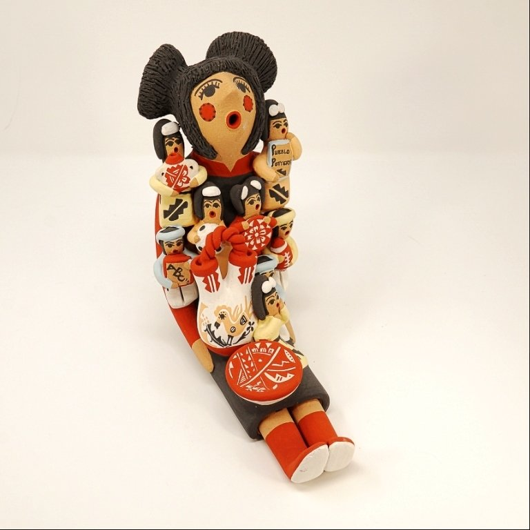 Pottery Storyteller Female GA170183