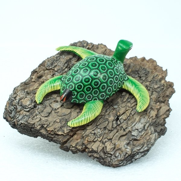 Oaxacan Wood Carving Sea Turtle SO170106