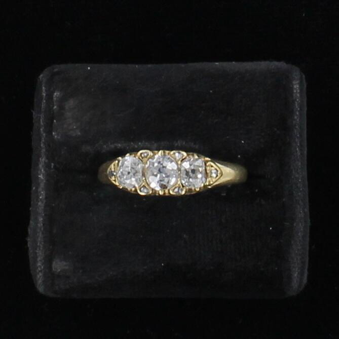 18KT 1.20 CT TW OLD EUROPEAN DIAMOND RING CIRCA 1881