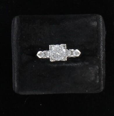 14KT .85 CT ROUND DIAMOND ENGAGEMENT RING