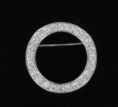 PLATINUM 3.80 CT TW DIAMOND CIRCLE PIN