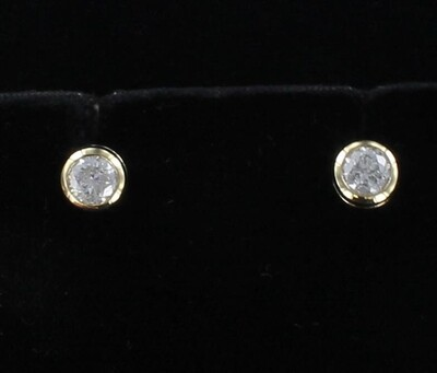 14KT 1.47 CT TW DIAMOND BEZEL SET STUD EARRINGS
