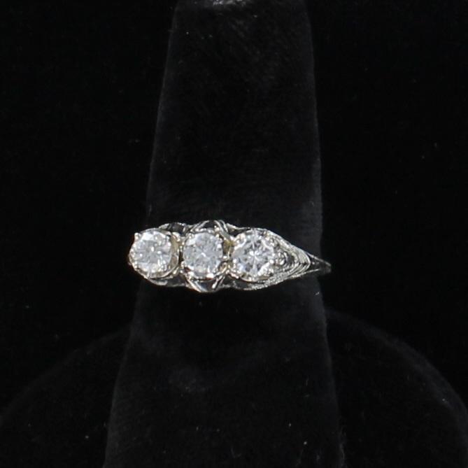 18KTW .60 CT TW FILAGREE DIAMOND ENGAGEMENT RING
