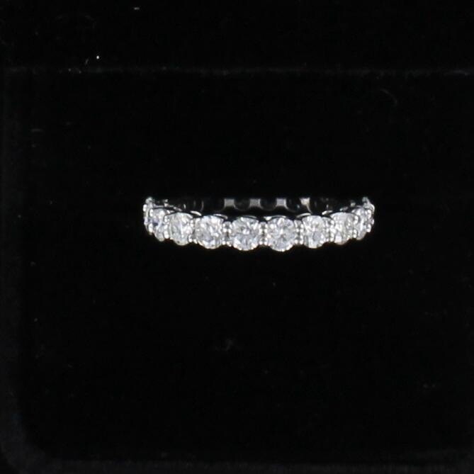 18KT 2.19 CT TW ROUND BRILLIANT DIAMOND ETERNITY BAND, SZ 6