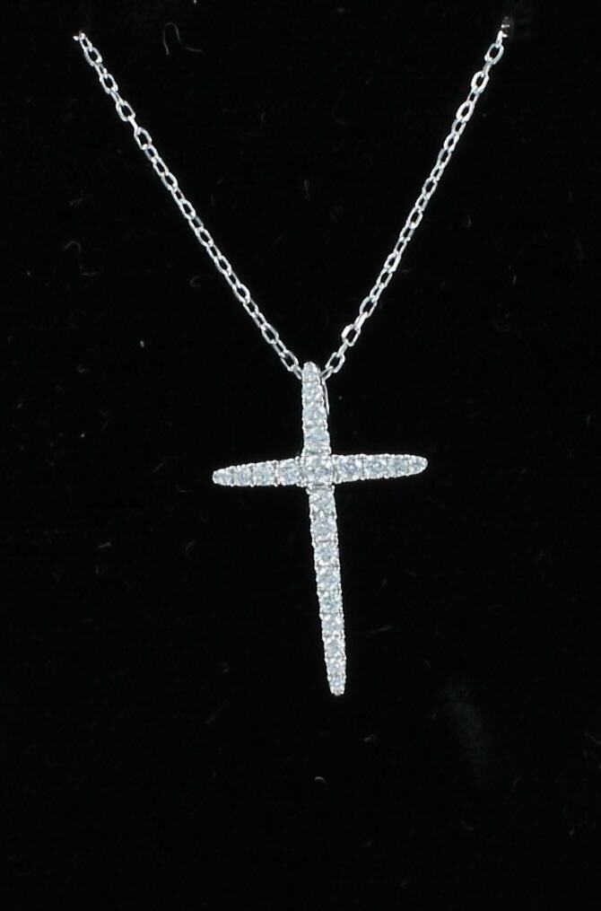 18KT .30 CT TW DIAMOND CROSS