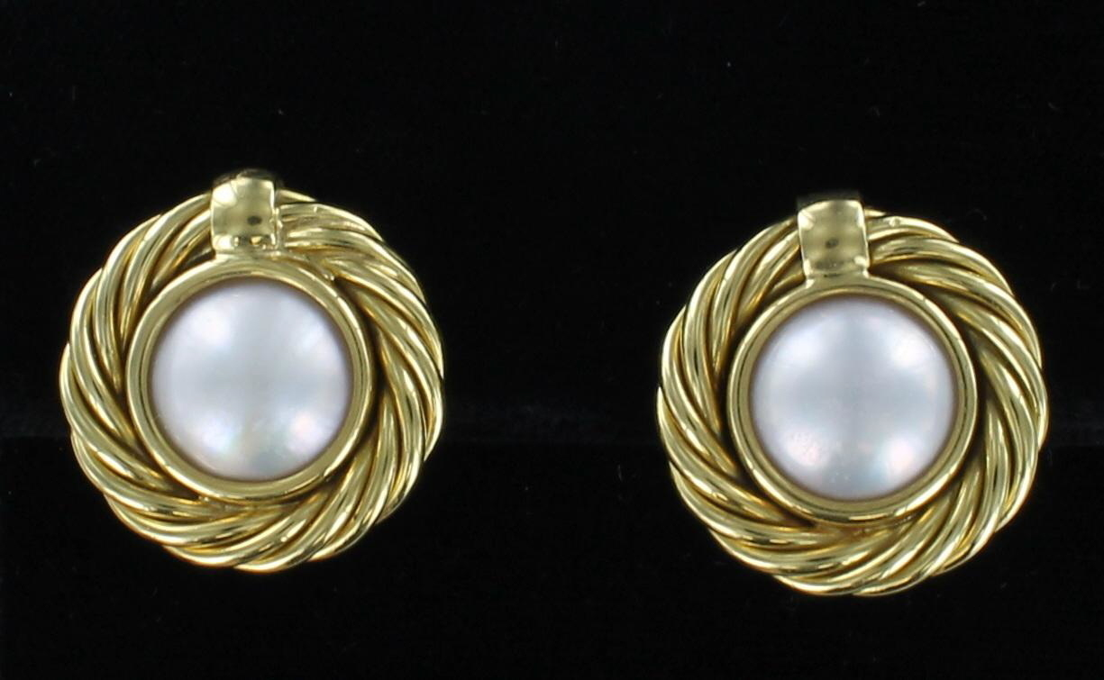 18KT MOBE PEARL EARRINGS