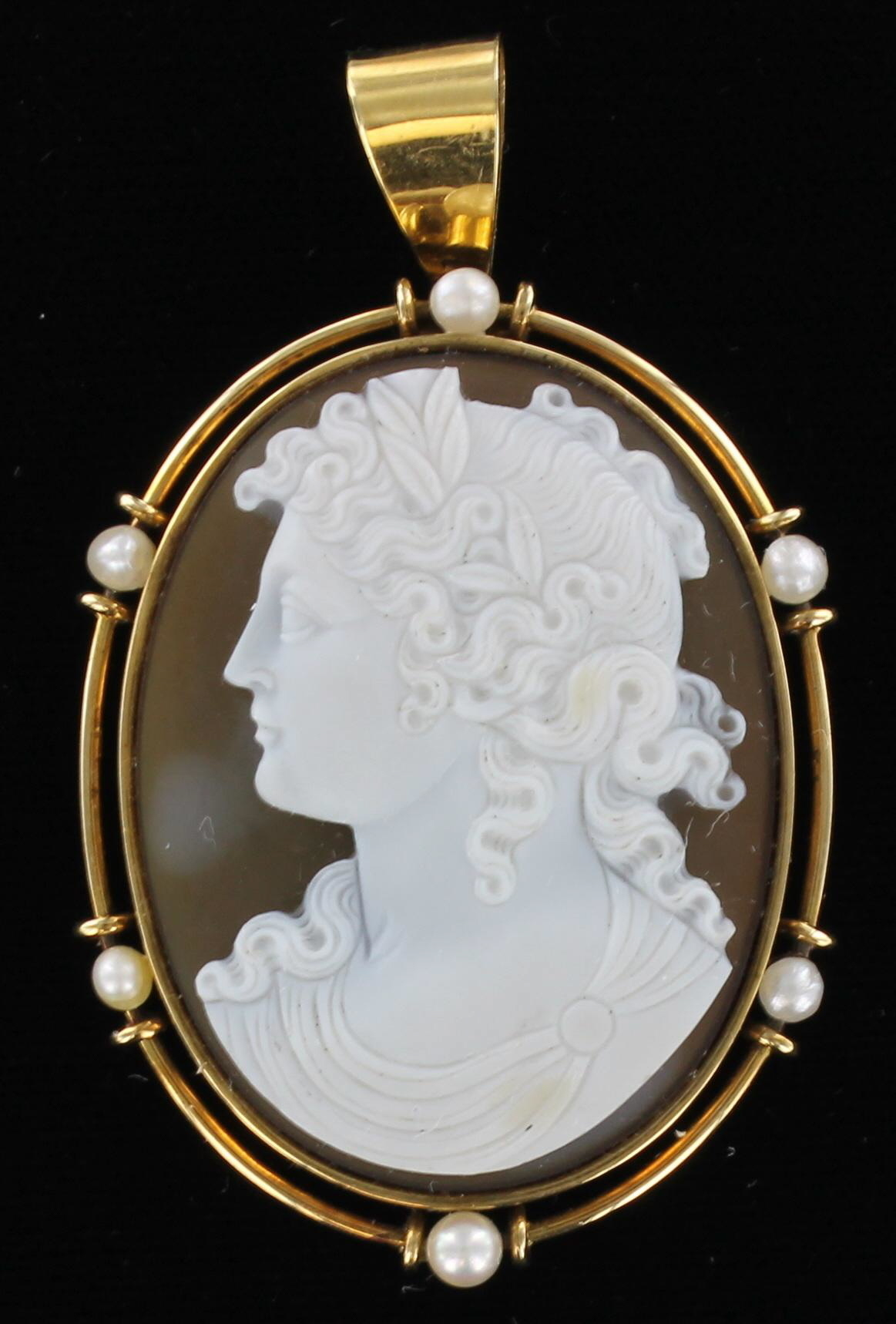 14KT AGATE & SHELL CAMEO WITH PEARLS 1920 420-47