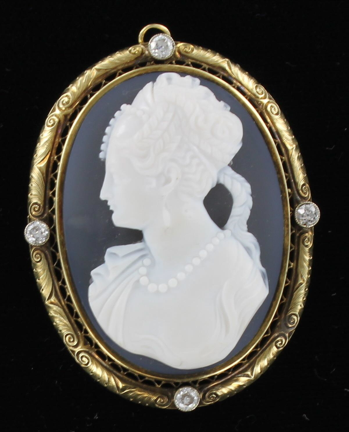 14KT AGATE & SHELL CAMEO WITH DIAMONDS 1900