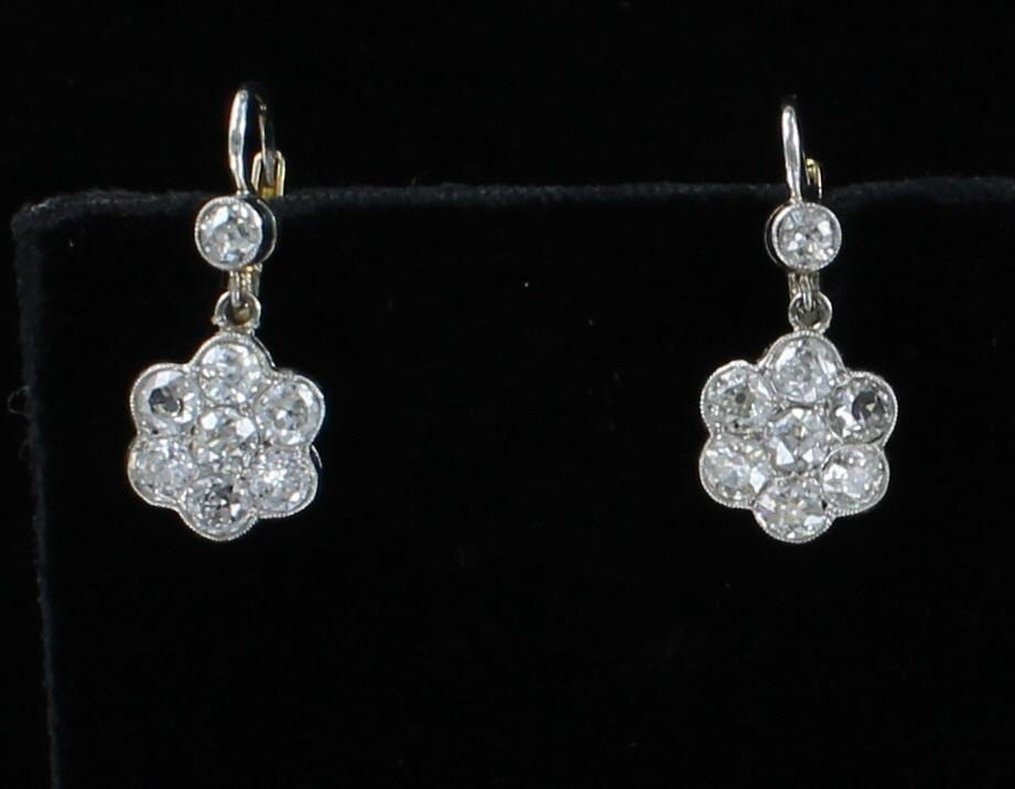 18KT/PLATINUM DIAMOND FLOWER EARRINGS CIRCA 1920