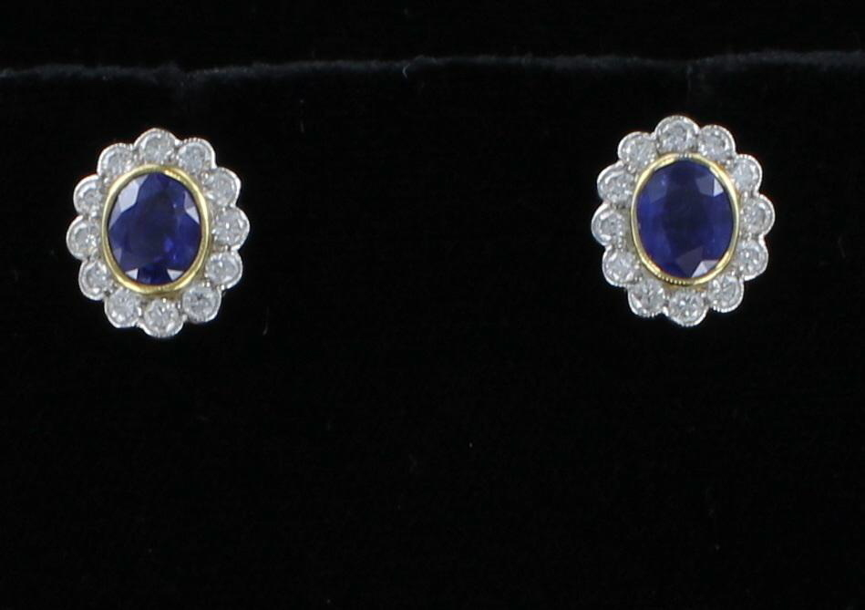 18KT SAPPHIRE AND DIAMOND EARRINGS 205-2196
