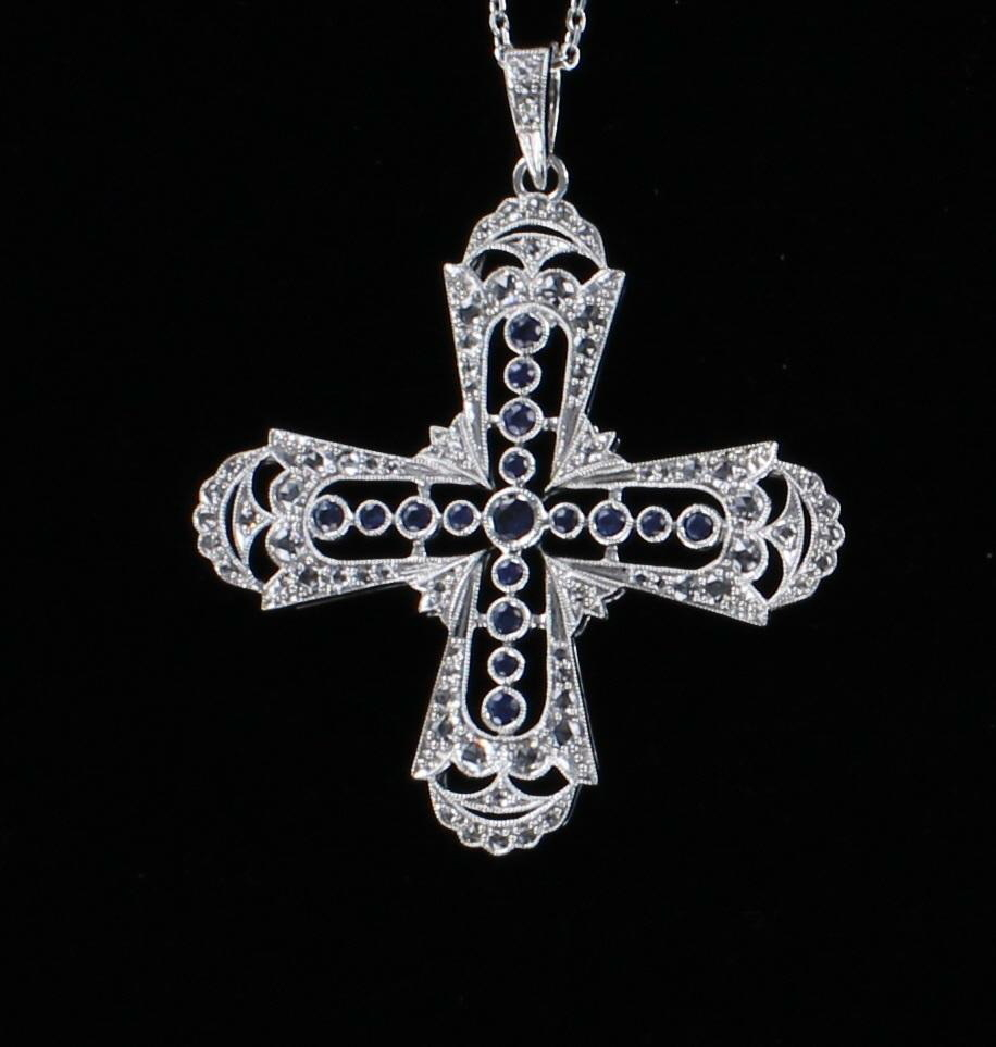 14KT CROSS WITH SAPPHIRES AND DIAMONDS 101-2675