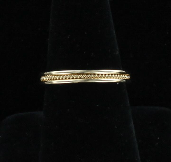 14KT YELLOW GOLD BAND 195-3808