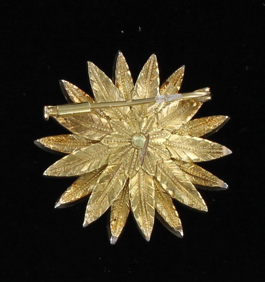 18KT ROSE CUT DIAMOND PIN CIRCA 1940