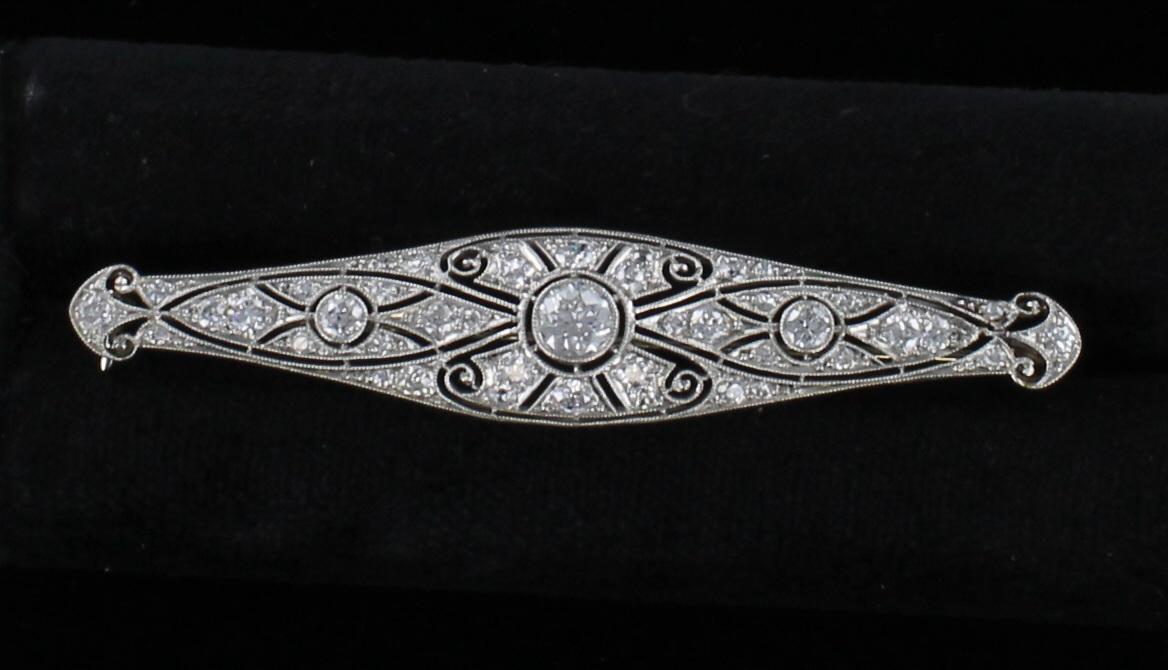 PLATINUM DIAMOND FILAGREE PIN CIRCA 1920 101-2803