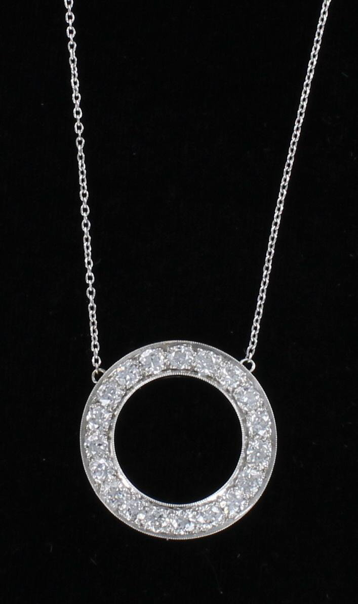 PLATINUM 4.0 CT TW DIAMOND CIRCLE NECKLACE CIRCA 1930