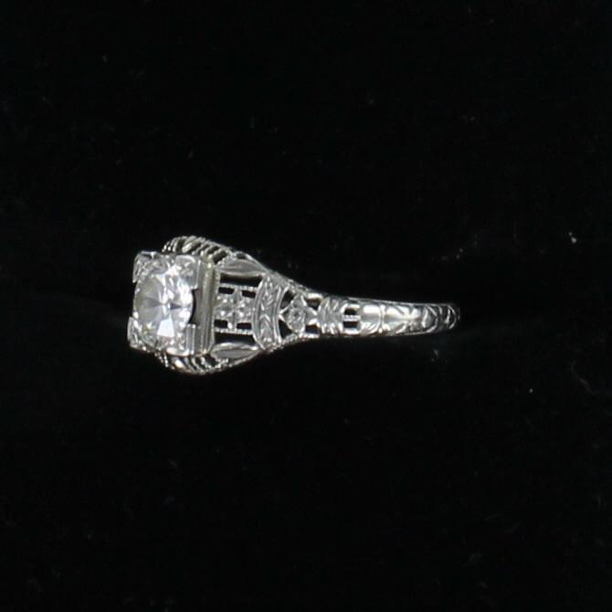 18KTW .75 CT OLD EUROPEAN CUT DIAMOND FILAGREE RING CIRCA 1920