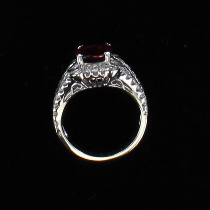 18KT 2.08 CT RUBILTE AND DIAMOND RING